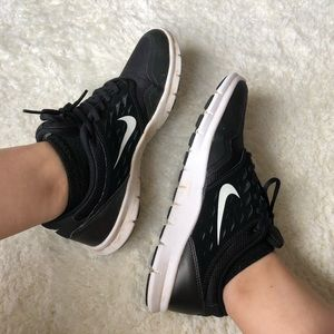 Nike Running Shoes Size 7